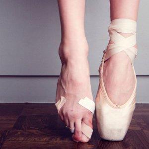 ballet-shoes-700x700_0